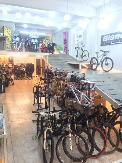 All Wheel Ride Limited Partnership