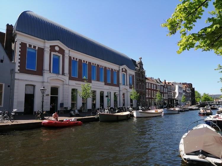 Suitsupply Leiden
