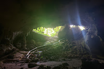 Aventura Cueva Ventana, Arecibo, Puerto Rico