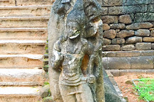 Maligawila Buddha Statue, Buttala, Sri Lanka