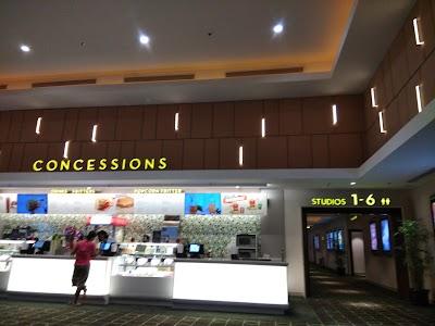Jadwal Bioskop Hari Ini Di Suzuya Marelan Medan   Cinema xxi suzuya plaza  jakarta telepon  b9136af191