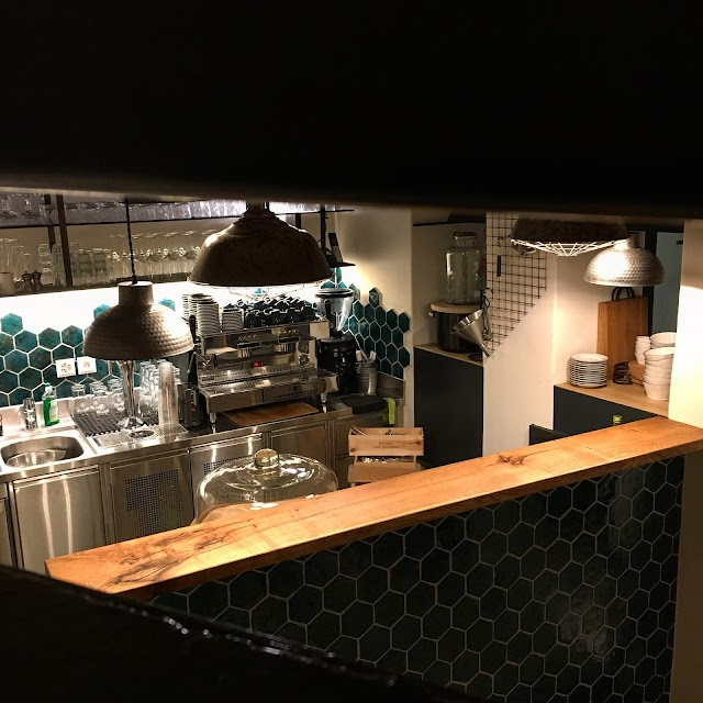 Cafe Bar Lockentopf