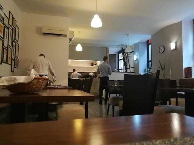 Olimpia étterem