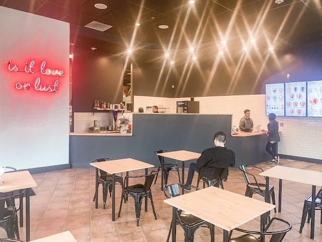 Bobalust Cafe