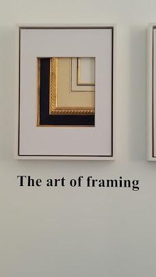 Adams Art Gallery dubai UAE