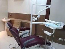 Smiling Teeth Dental Clinic
