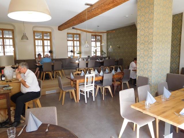 Weinlokal Allendorf im Brentanohaus