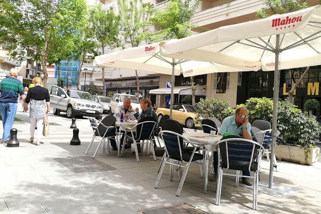 Beny's Bar, Marbella, Spain