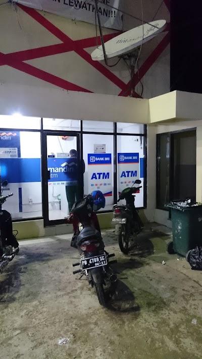 Atm Bri Tio Supermarket