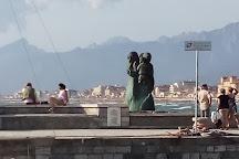 L'attesa, Viareggio, Italy