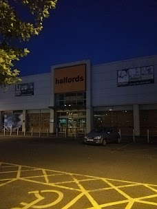 Halfords - Wandsworth Store