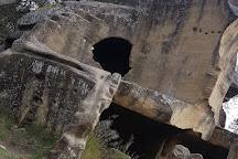Les Grottes de Cales, Lamanon, France