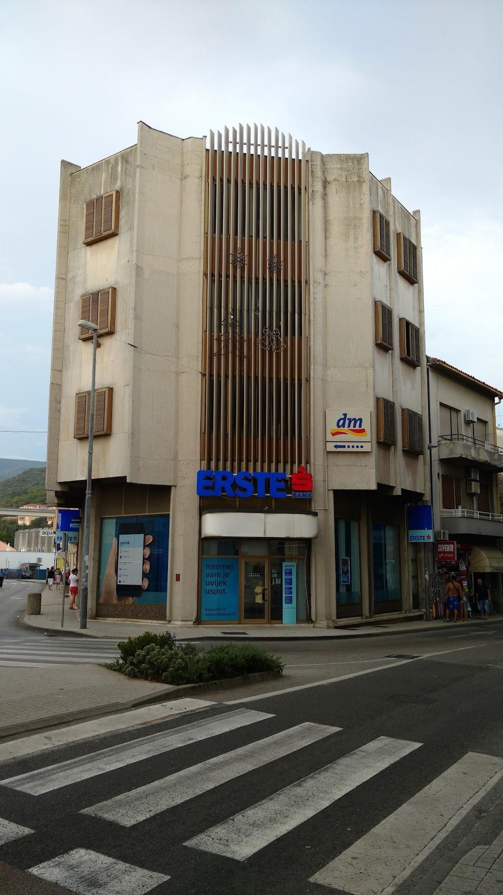 Erste Banka Crikvenica Trg Stjepana Radica Telefon 072 376 530