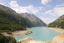 Lago di Place-Moulin, Bionaz, Italy