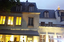 Mona Bismarck American Center, Paris, France