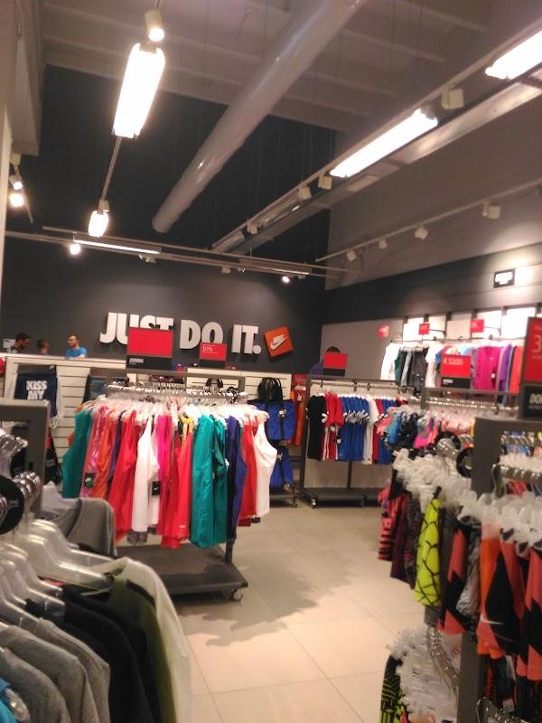 Nike Factory Store Salerno, Via San Nicola Varco, Outlet