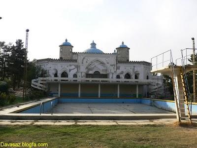 عمارت باغ بالا Baghe Bala Building and pool
