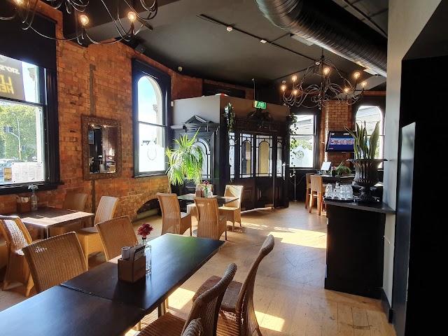 The Birdcage Tavern