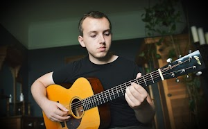 Cardiff Guitar Lessons - Luke Edwards