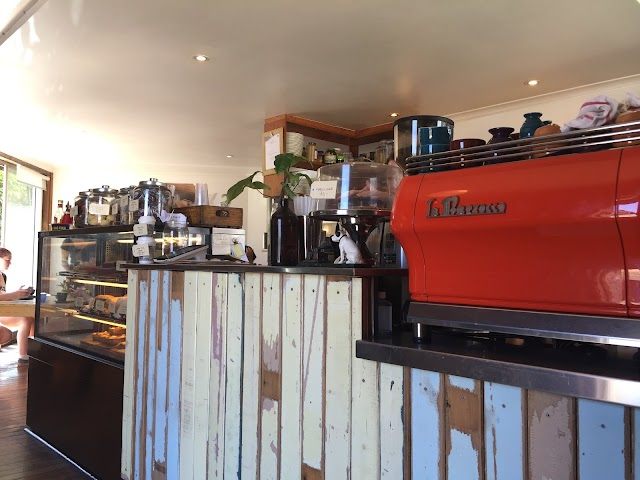 Brown Dog Cafe