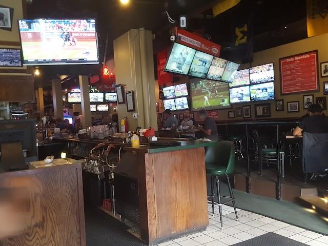 Michael's Pizzeria & Tavern