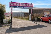 Vendee Evasion Parachutisme, Chateau-d'Olonne, France