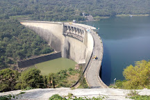 Victoria Dam, Teldeniya, Sri Lanka