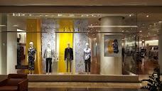 DSW Designer Shoe Warehouse chicago USA
