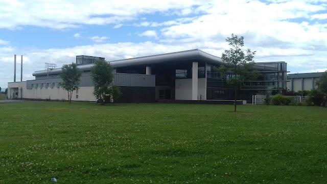 Piscine Centre Aqua Récréatif
