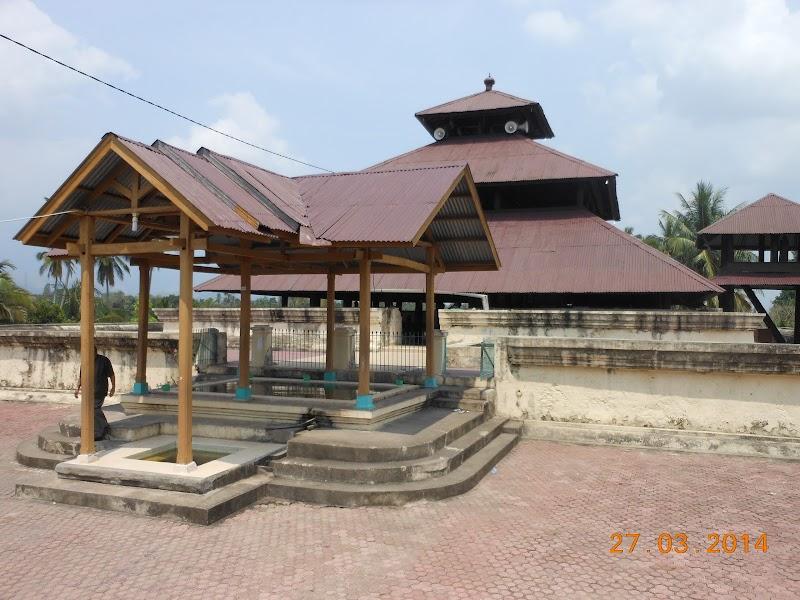 Wisata Masjid Tua Indrapuri Wisata Nanggroe Aceh Darussalam