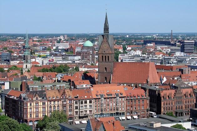 Ein schöner Rundflug über Hannover oder den Harz