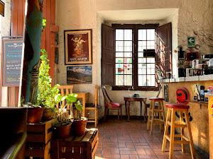Huayruro Peruvian Coffee Shop 1