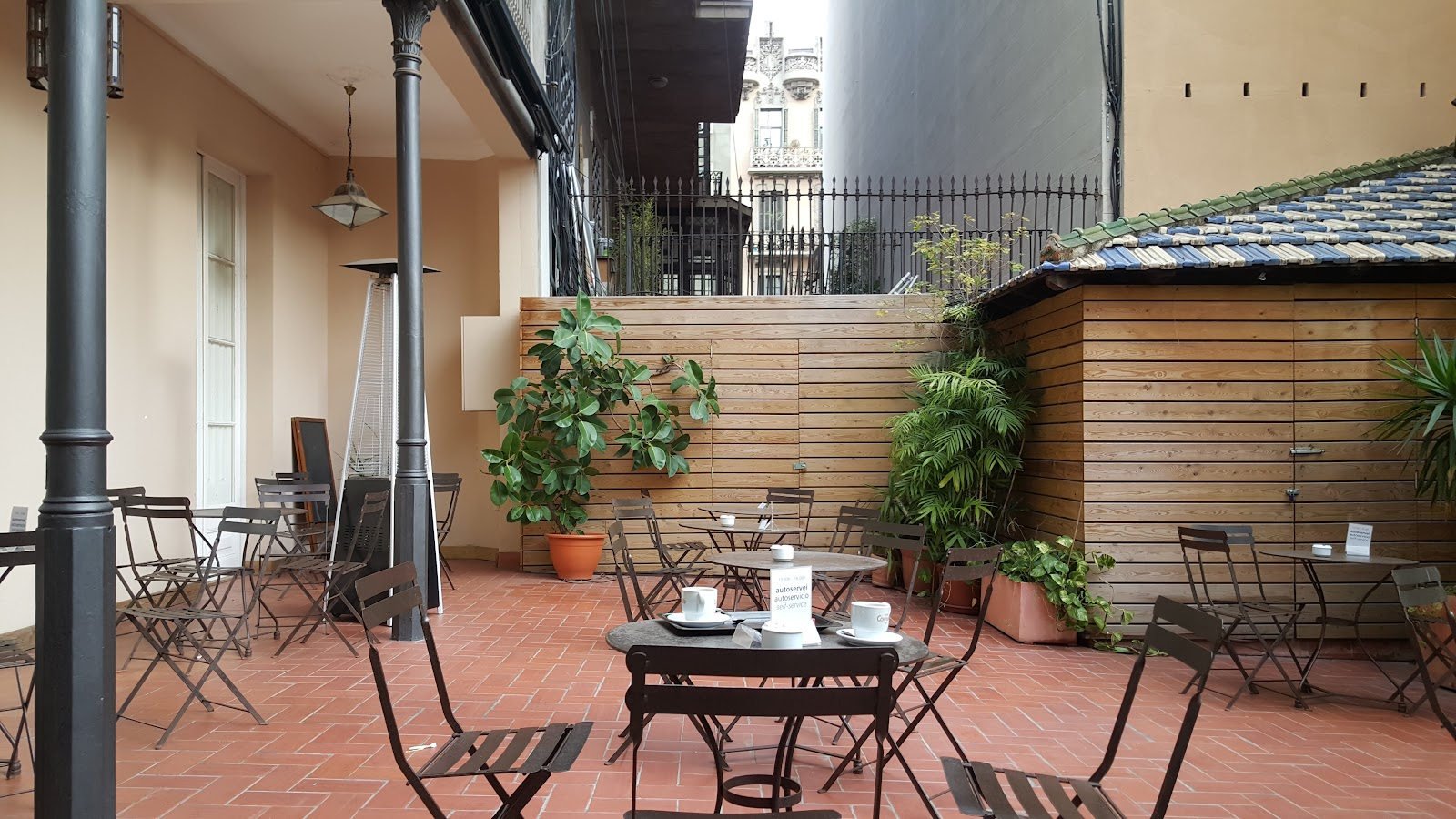 Laie: A Work-Friendly Place in Barcelona
