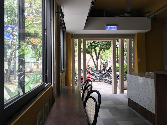 Cafe Tartine Saigon