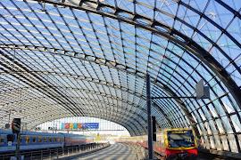 Станция  Berlin Hbf