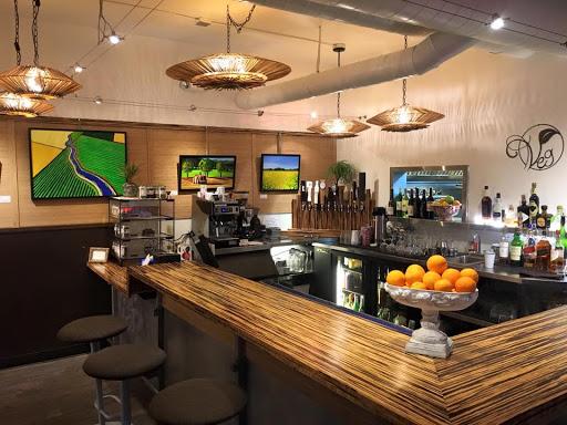 Veg Café & Bar