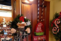 Silver Bells Christmas Shoppe, Dundee, United States