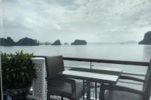 Bai Tu Long Bay Cruise, Tuan Chau Island, Vietnam