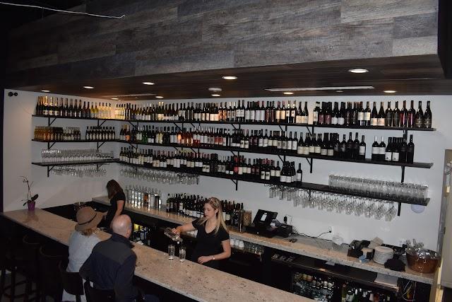 Verre Wine Bar and Restaurant