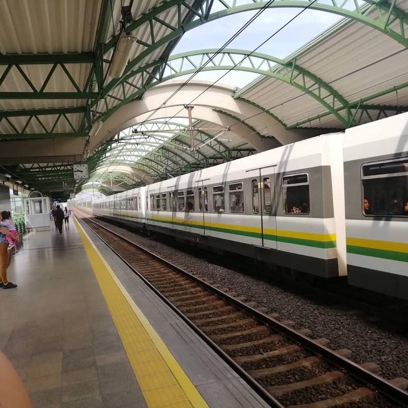Acevedo station Metro