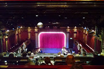 Beach Blanket Babylon, San Francisco, United States