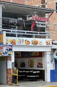 La Central Restaurante Polleria 2