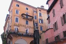 Statua Civilta Italica, Verona, Italy