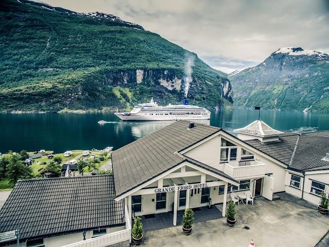 Grande Fjord Hotell og Appartment