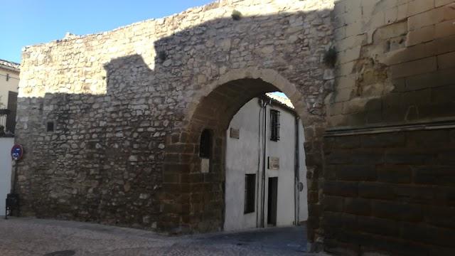 Arco Del Barbudo O De Las Escuelas
