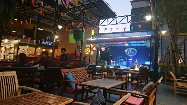 The terrace ayutthaya