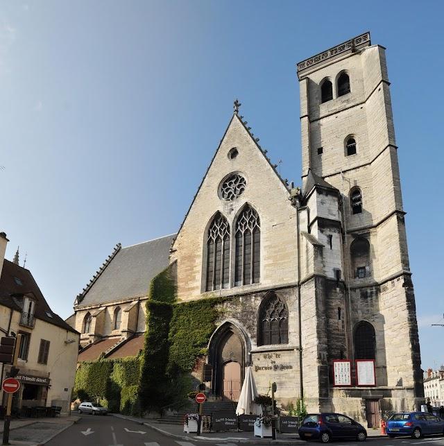 Tdb Théâtre Dijon Bourgogne - le Parvis Saint-Jean