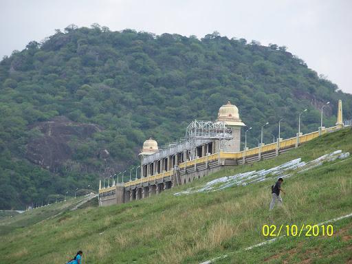 Aliyar Dam Valparai Tourist Places