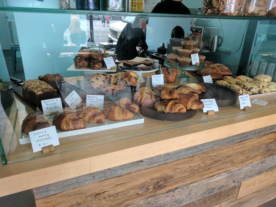 Rockaway Beach Bakery