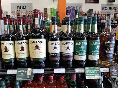 Smoker Friendly's Liquor Plus